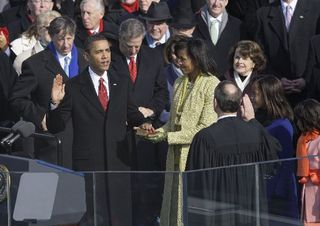 Obama_oath[1]AP
